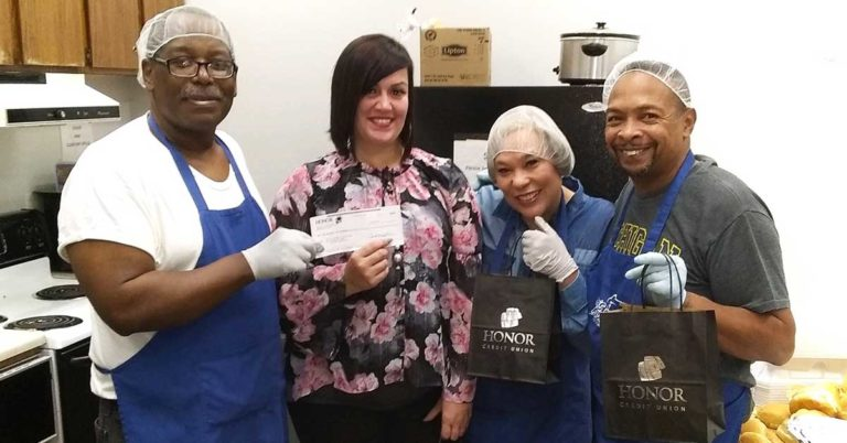 honor credit union made a $1,500 donation to God's Kitchen of Michigan in Kalamazoo