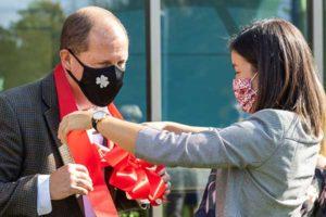 photo of honor credit union scott mcfarland at the kalamazoo stadium drive member center ribbon cutting ceremony