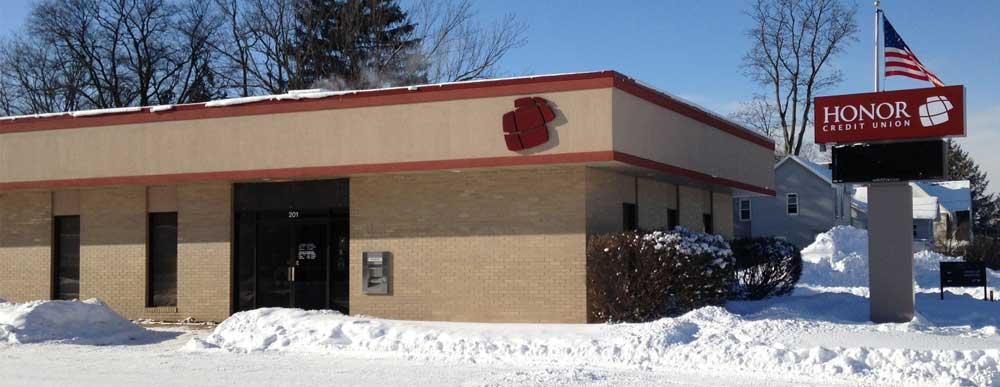 photo of honor credit union decatur member center