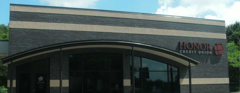 photo of honor credit union dowagiac member center