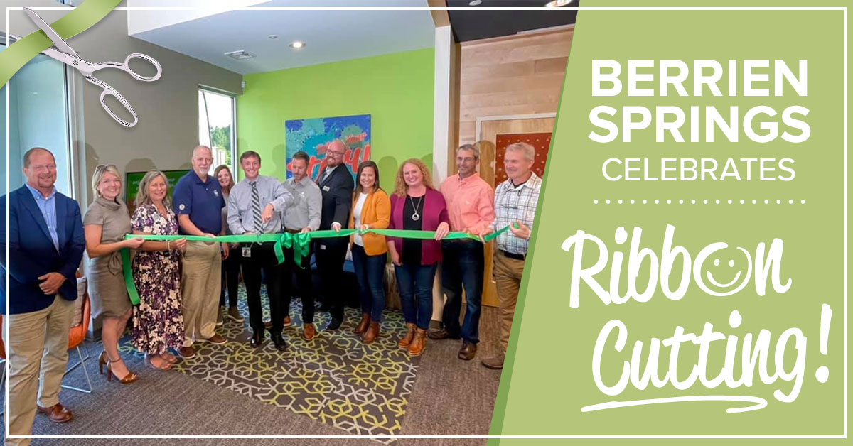 photo of various community leaders at the honor credit union berrien springs member center ribbon cutting ceremony